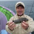 2008.9.29(月)  本日最大29cmを釣った小畑さん!