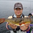 2008.10.5(日) 32cmの大型アカメを釣った安藤さん!