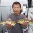 2008.10.5(日) アカメを2匹釣った竹山さん!