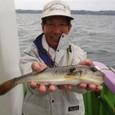 2008.10.26(日) 本日最大32cmを釣った浜野さん!