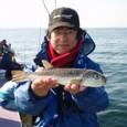 2008.10.30(木) 32cmを釣った高田さん!