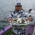 2009.11.2(月) 釣り過ぎの105匹・白石さん!