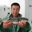 2008.11.5(水) 35cmを釣った浜尾さん!
