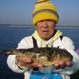 2008.12.4(木) アカメ含む9匹釣った本村さん!