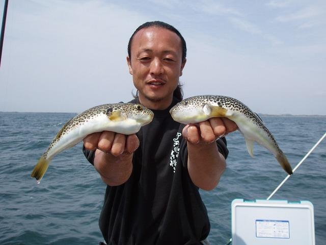 2009.5.4(月) 良型揃いで6匹・熊田さん!