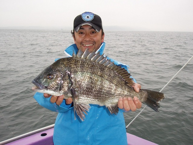 2009.5.30(土) 珍しいゲストの黒鯛!