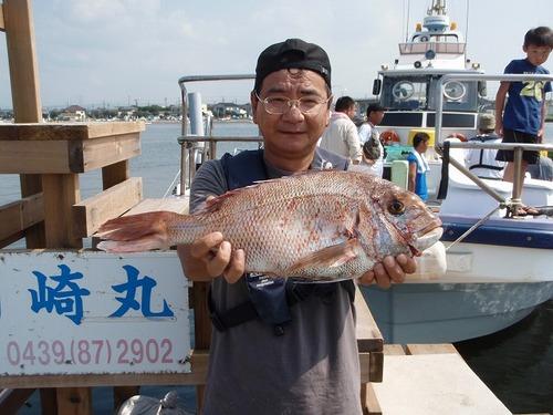 2008.9.7     フグ船で52cmのマダイを釣った能勢さん!