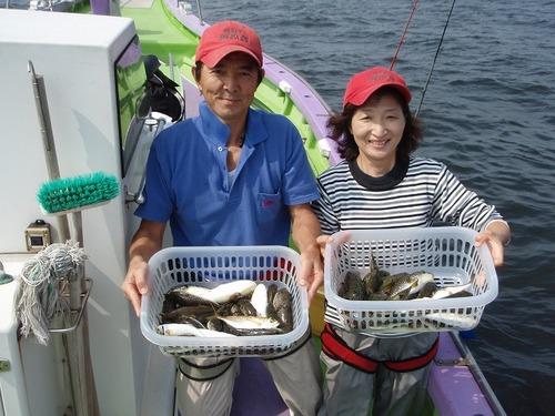 2008.9.25(木)  2人で71匹釣った荒井さんご夫妻!