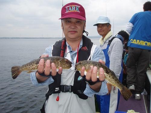 2008.10.5(日) アカメを4匹釣った林さん!