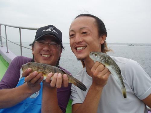 2008.10.5(日) 竿頭の山本さん(左)と熊田さん!