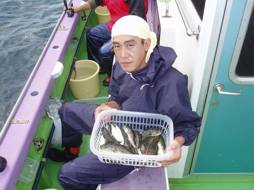 2008.10.9(木) 初挑戦で19匹釣った深井さん!