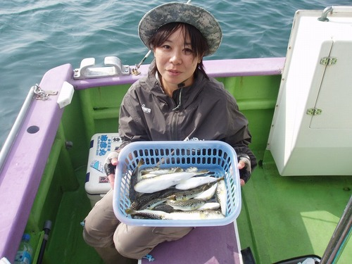 2008.10.20(月) 初挑戦で24匹・青木里江さん!