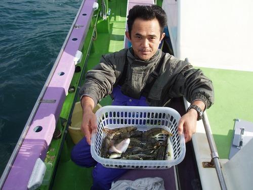 2008.11.13(木) 初挑戦で14匹釣った丸山さん!