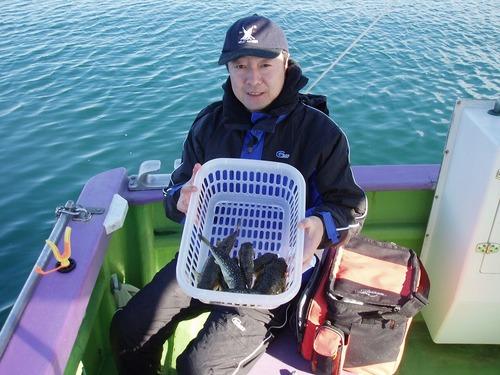 2008.11.22(土) 7匹釣った松本さん!