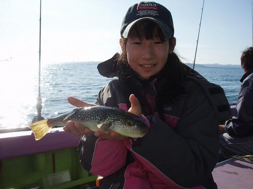 2008.11.23(日) 良型を釣った杉本美緒ちゃん!