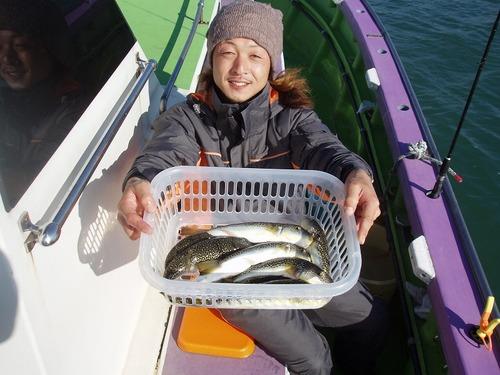 2008.11.30(日) 10匹釣った熊田さん!