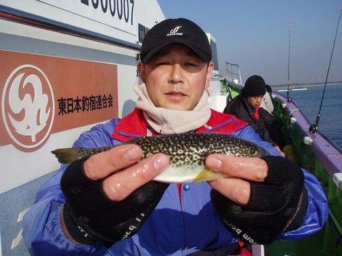 2008.12.4(木) 初挑戦で4匹釣った戸田さん!