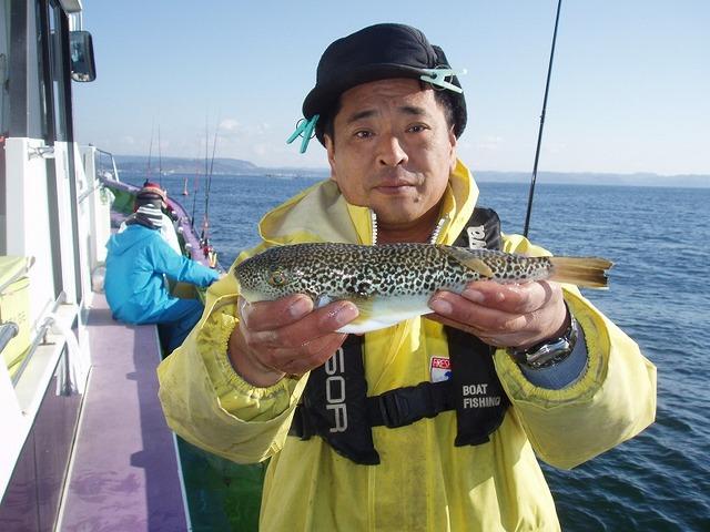 2008.12.28(日) 大型を釣った村上さん!