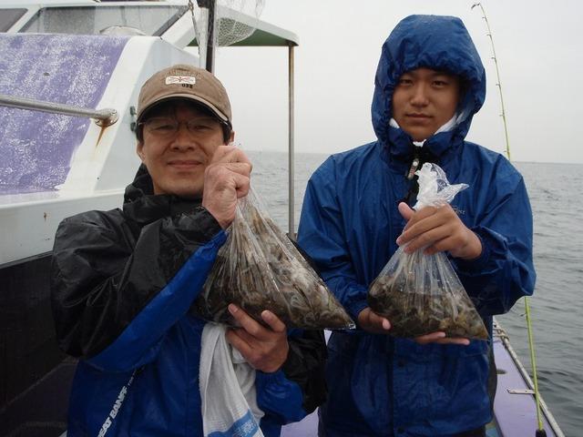 2009.9.30(水) 貸し竿で初挑戦・76杯と36杯・平山さん親子!