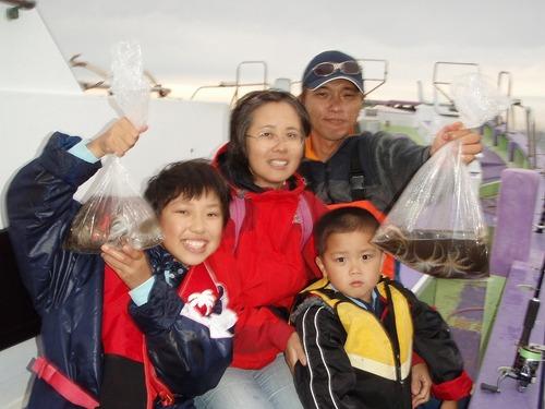 2008.10.26(日) ファミリーで楽しめるイイダコ釣り!
