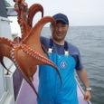 2008.6.19   特大の3.0kgを釣って細入さん!