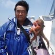 2008.7.4   2.0kgを釣った山西さん!