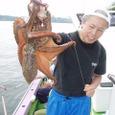 2008.7.10   2.0kgを釣った戸張さん!