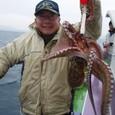 2008.11.24(月) 大ダコを釣った高松さん!