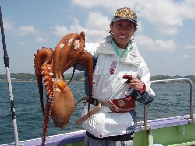 2009.5.2(土) 特大の2.8kg・栗原千恵さん!