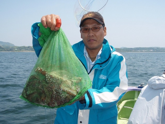 2009.5.10(日) トップ・4杯の総重量4.6kg・須山さん!
