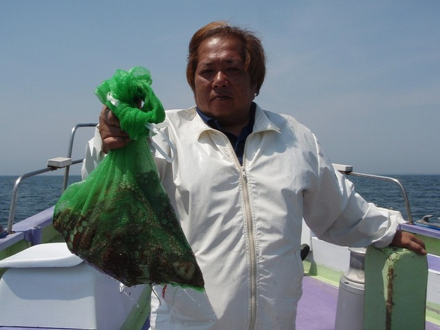2009.5.10(日) トップ・4杯の総重量3.9kg・深沢さん!