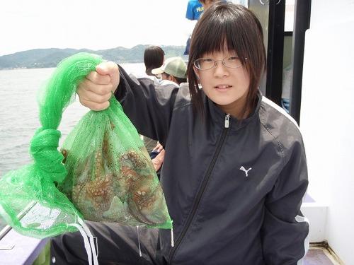 2008.6.15    初挑戦で5杯釣った山口理花ちゃん!