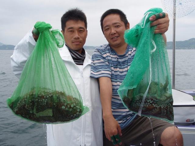 2009.6.16(火) 4杯の小泉さん(左)と6杯の小島さん!