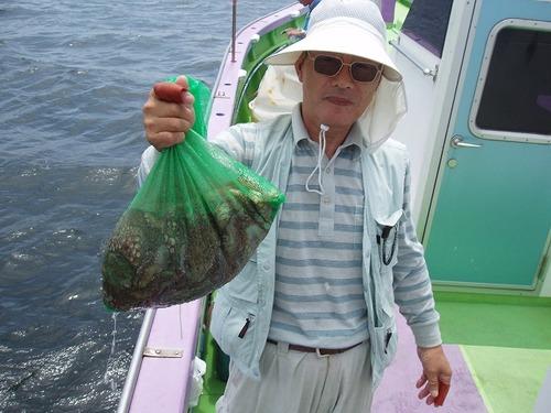 2008.7.11   11杯釣って竿頭の千葉さん!
