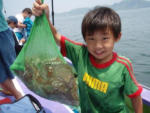 2008.7.13   1kgオーバーを4杯釣った石井華斗君!