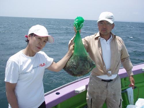 2008.7.16   2人で12杯釣った時田さんご夫妻!
