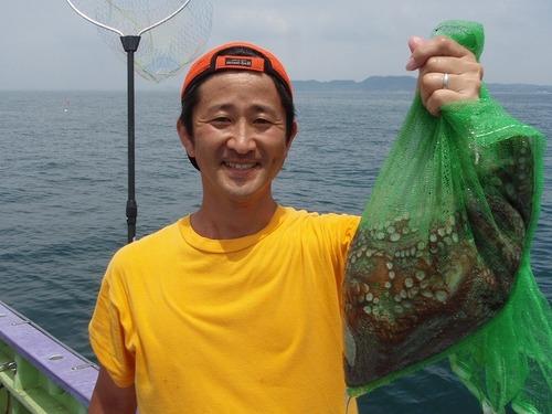 2008.7.26   初挑戦で5杯釣った森山さん!