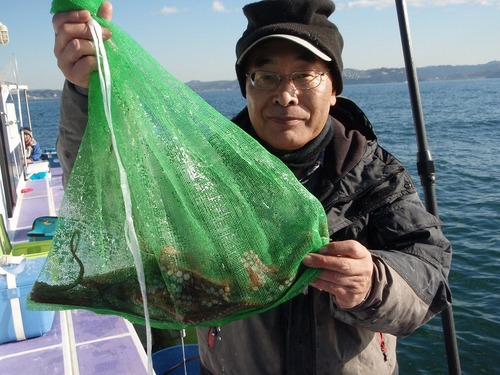 2008.11.22(土) 初挑戦で4杯釣った中島さん!