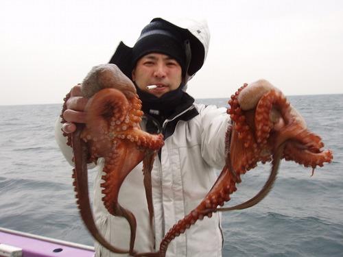 2008.11.24(月) 4杯釣った篠笹さん!