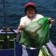 2008.8.7   4杯釣って健闘した関雅子さん!