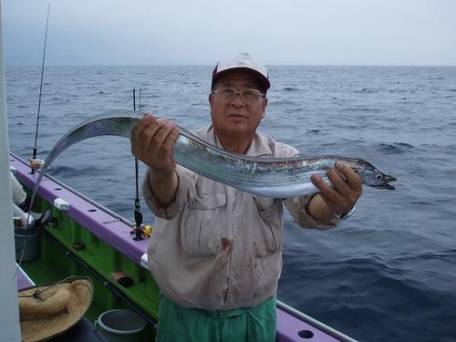 2008.8.5   本日最大102cmを釣った末継さん!
