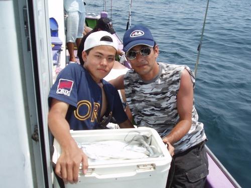 2008.8.9   2人で49匹釣った磯野さん親子!