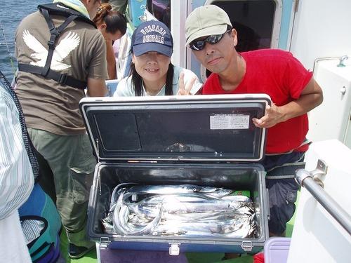 2008.8.10   2人で57匹・神津さんと佐野さん!