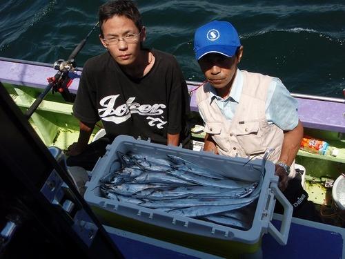 2008.8.15   2人で54匹釣った安川さん親子!