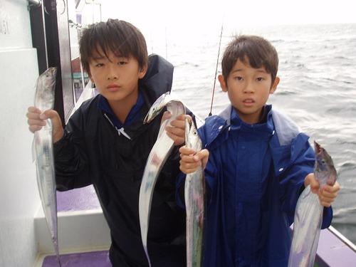 2008.8.25   17匹と13匹釣り健闘した谷川くんと押川くん!