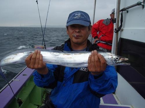 2008.8.26   本日最大101cmを釣った益田さん!